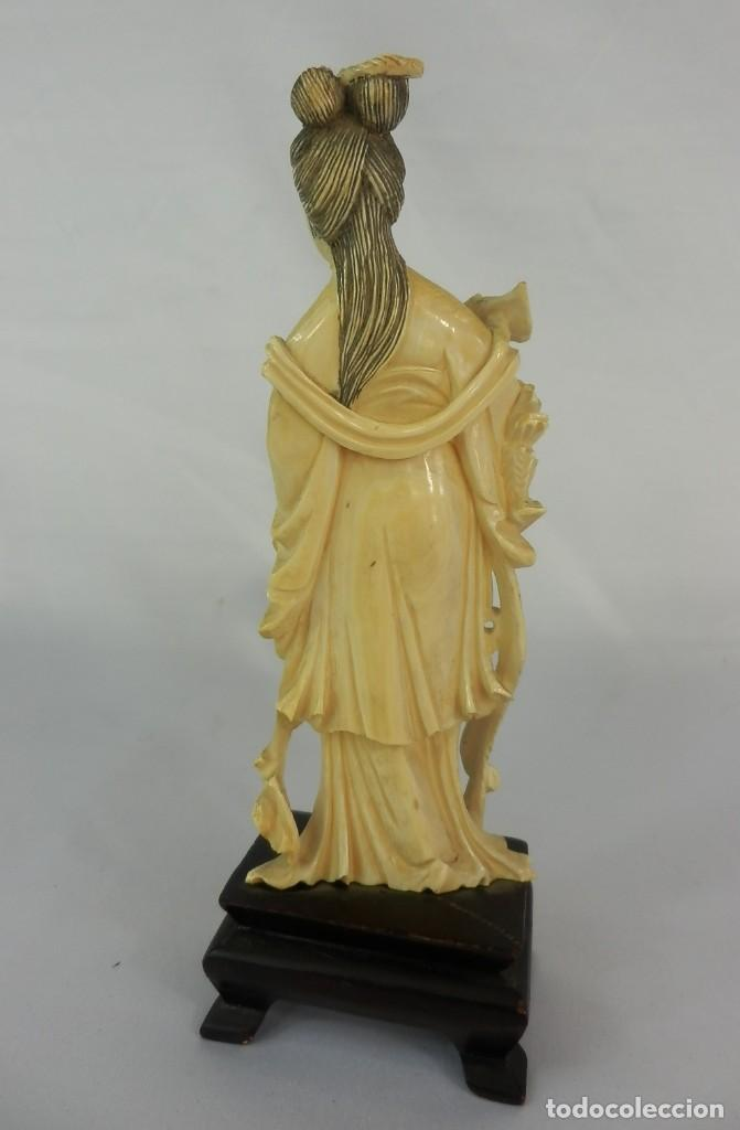 Arte: Talla de marfil s XIX GEISHA 15 cm de altura SIN la peana 160 gramos aproximados de marfil - Foto 2 - 115092919