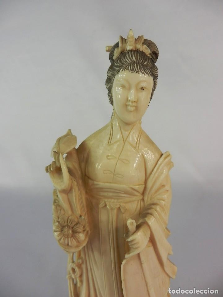 Arte: Talla de marfil s XIX GEISHA 15 cm de altura SIN la peana 160 gramos aproximados de marfil - Foto 3 - 115092919