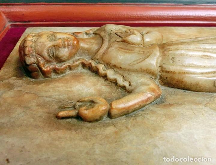 PRECIOSA PIEZA DE ALABASTRO - ORJUDO - SALAMANCA - ESCENA MEDIEVAL - RELIEVE ENMARCADO - ESCULTURA (Arte - Escultura - Alabastro)