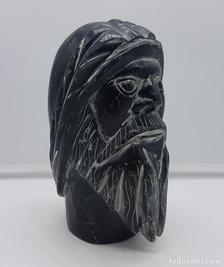 PRECIOSO BUSTO ANTIGUO MUY PESADO TALLADO A MANO EN PIEDRA, ARTE ESQUIMO CANADIENSE. (Arte - Escultura - Piedra)