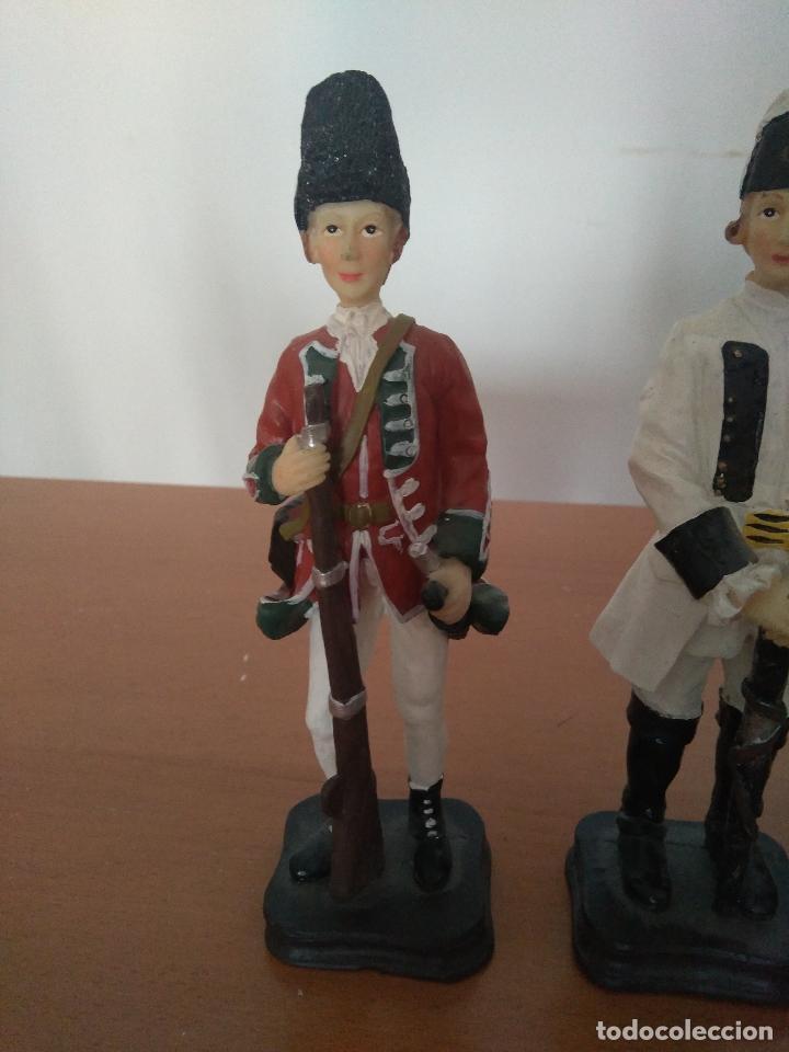Arte: Lote 5 figuras de resina - Soldados siglo XVIII - Años 90 - Foto 3 - 116758403