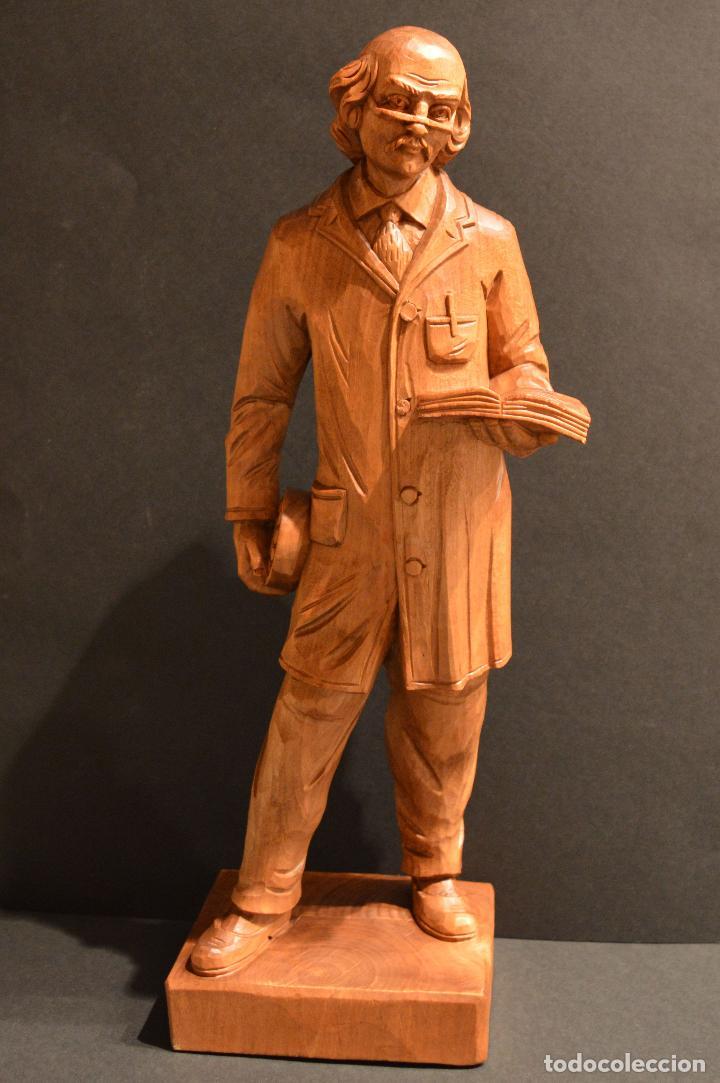 FIGURA TALLA EN MADERA INVENTOR RODAMIENTO INGENIERO SVEN WINGQUIST SUECIA 35CM DE ALTURA (Arte - Escultura - Madera)