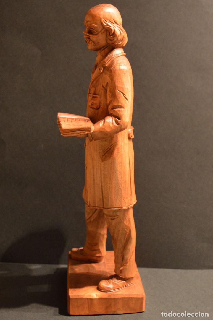 Arte: FIGURA TALLA EN MADERA INVENTOR RODAMIENTO INGENIERO SVEN WINGQUIST SUECIA 35CM DE ALTURA - Foto 5 - 117160771