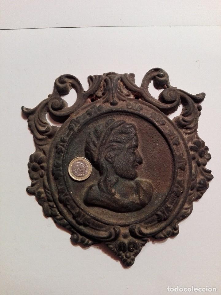 Arte: Antigua y preciosa placa de bronce - Foto 10 - 117250327