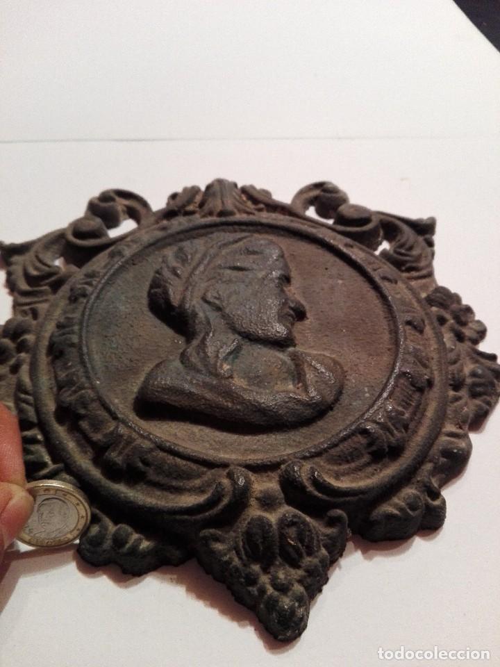 Arte: Antigua y preciosa placa de bronce - Foto 11 - 117250327