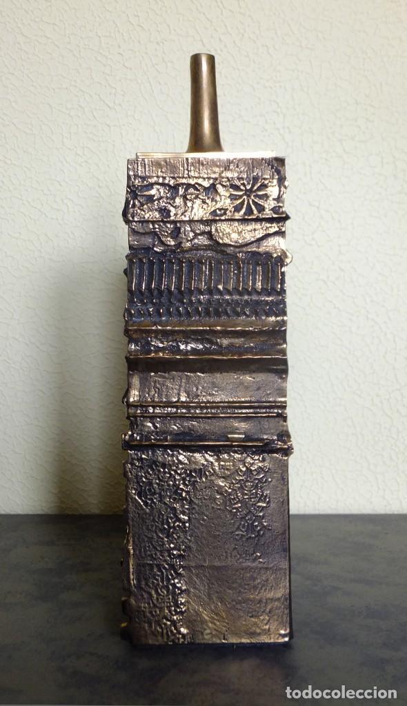 JOSÉ LUIS SÁNCHEZ. LÁMPARAS. ESCULTURA DE BRONCE. (Arte - Escultura - Bronce)