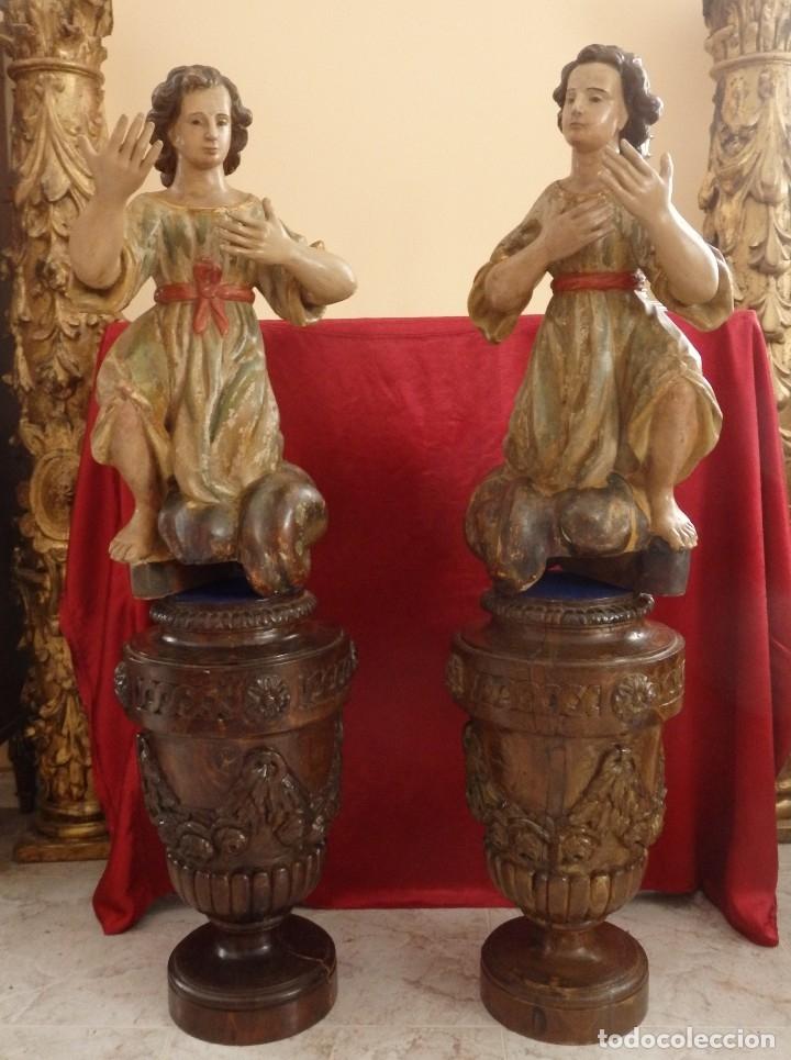 Arte: Gran pareja de pedestales en madera tallada de estilo neoclásico. 57 x 31 cm. Siglo XVIII. - Foto 2 - 119237231