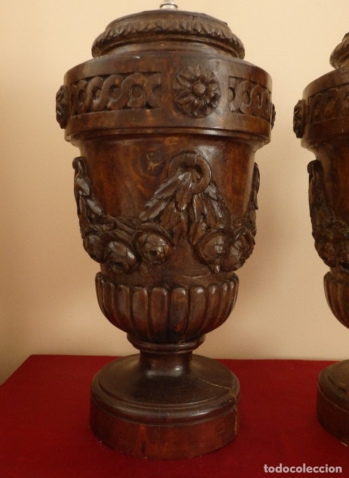 Arte: Gran pareja de pedestales en madera tallada de estilo neoclásico. 57 x 31 cm. Siglo XVIII. - Foto 6 - 119237231