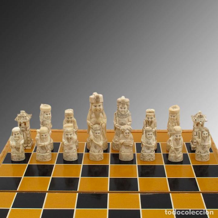 Arte: Juego de ajedrez hecho en hueso tallado y estuche tablero de madera. - Foto 3 - 120178247