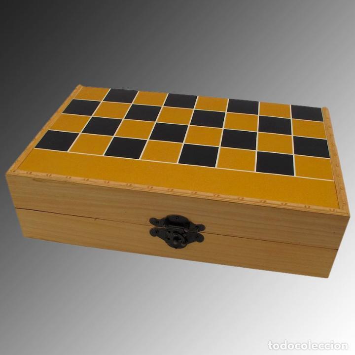 Arte: Juego de ajedrez hecho en hueso tallado y estuche tablero de madera. - Foto 8 - 120178247