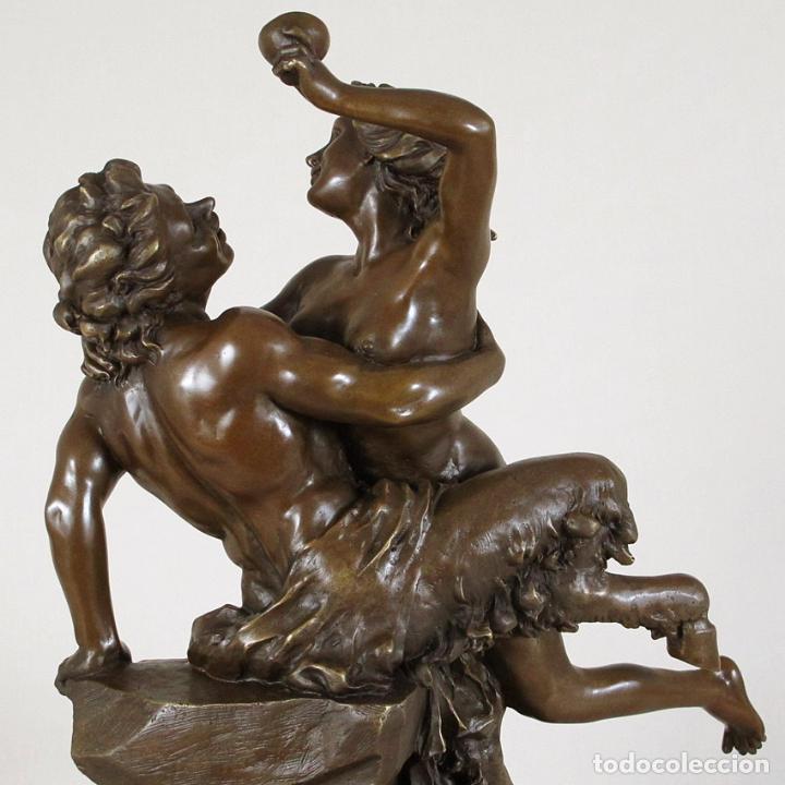 Arte: Escultura de bronce de Sátiro y Ninfa 56cm alto con peana de mármol - Foto 5 - 120283807