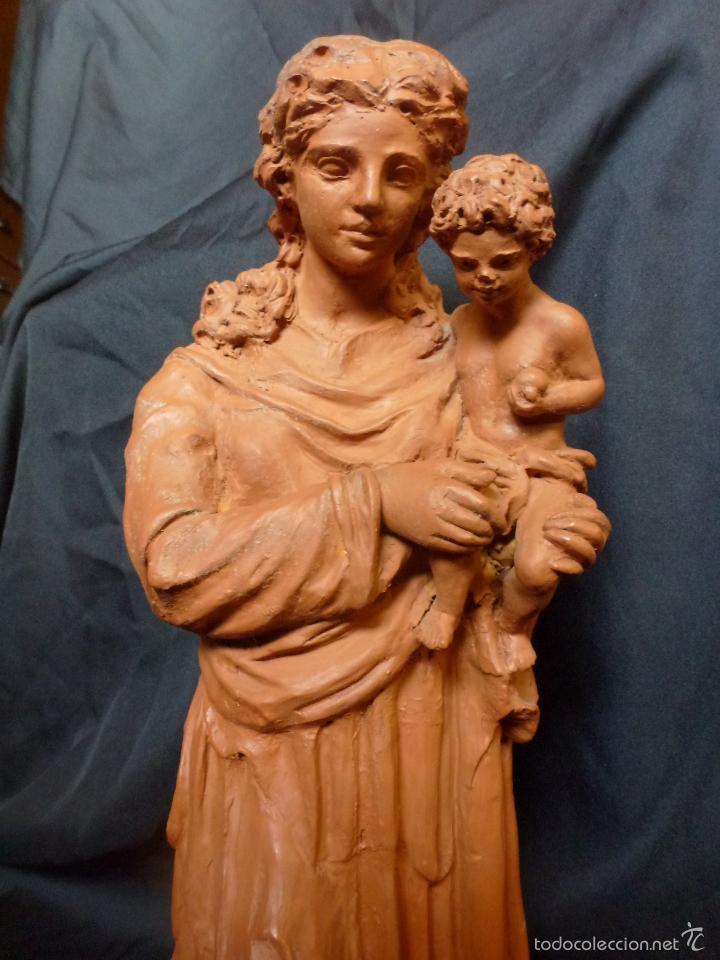 Arte: Virgen Con niño. En terracota. Pieza de autor. Ramon camps - Foto 3 - 120978495