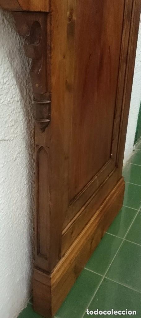 Arte: Antigua pareja de puertas, tablas neogóticas de madera de nogal rubio. Restauradas. Siglo XIX. - Foto 4 - 121239023