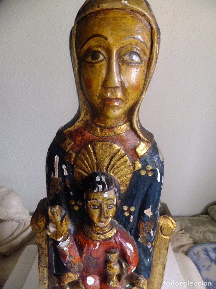 Arte: Escultura de talla Virgen sedente con el Niño Jesus siguiendo modelo romanica. - Foto 2 - 122234411