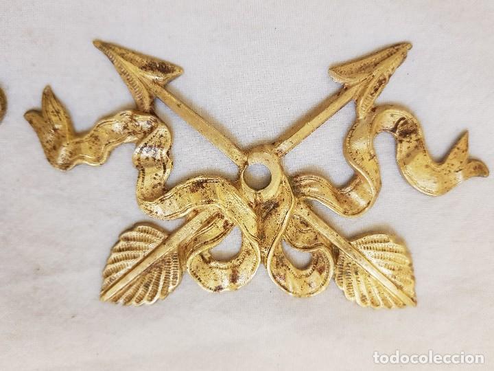 Arte: Trece apliques decorativos. Bronce dorado. Siglo XIX - Foto 2 - 122311247