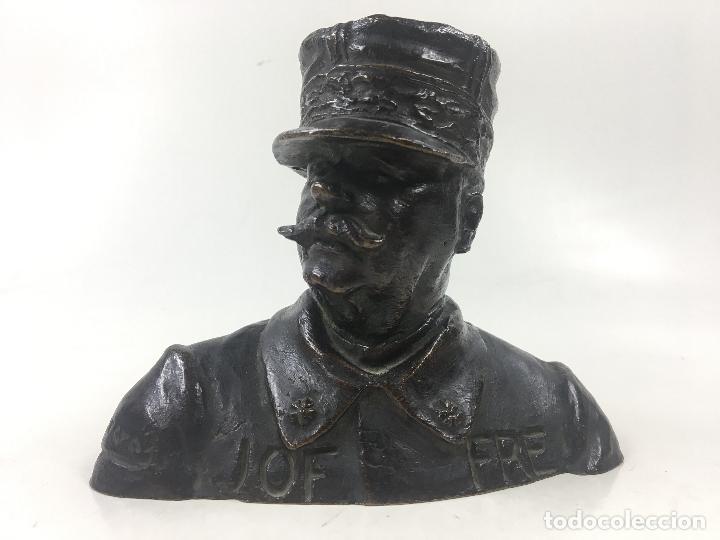 MARISCAL JOFFRE, ESCUELA CATALANA. JOAN CARRERAS ESCULTOR. 12X16 CM. FIRMADO (Arte - Escultura - Bronce)