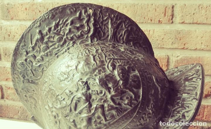 Arte: Casco enTerracota. Siglo XIX. Escuela Italiana. Ricamente decorado - Foto 7 - 124531451