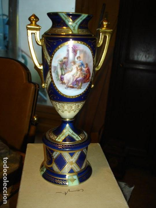 PRECIOSO FLORERO PORCELANA DE SEVRES SIGLO XVIII FINALES O PRINCIPIOS XIX VER FOTOS (Arte - Escultura - Porcelana)