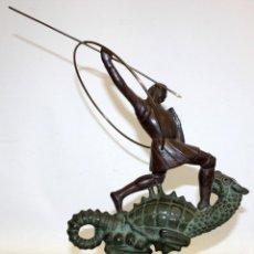 Arte: FIDEL AGUILAR MARCÓ (1894 - 1917) ESPECTACULAR GRUPO ESCULTORICO DE SAN JORGE CON EL DRAGON.. Lote 126450375