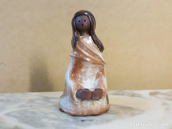 FIGURA DE CERAMICA MUJER. ELISA (Arte - Escultura - Porcelana)