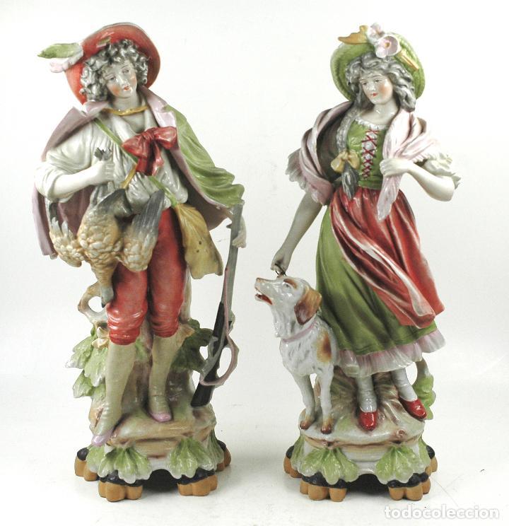 PAREJA FIGURAS DE PORCELANA, FINALES SIGLO XIX. (Arte - Escultura - Porcelana)