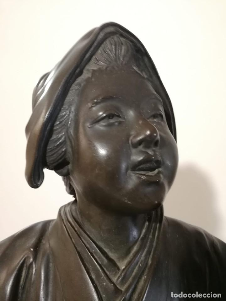 Arte: ESCULTURA JAPONESA GEISHA CANTANDO Y TOCANDO SHAMISEN - DINASTIA MEIJI - S. XIX - SELLADA - Foto 9 - 128314275
