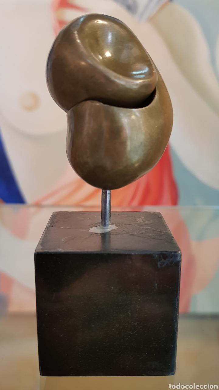 MACHU ARRAS (MÁLAGA 1948), PEQUEÑA PERO MUY INTERESANTE ESCULTURA BRONCE, FIRMADA. (Arte - Escultura - Bronce)