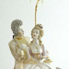 Arte: LAMPARA DE PORCELANA VINTAJE. Lote 128800515