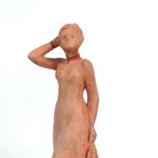 Arte: MUJER. ESCULTURA DE TERRACOTA. FIRMADA BLANCHY. ESPAÑA?. SIGLO XX.. Lote 129076979