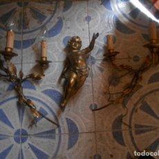 Arte: ANGEL TALLADO DE MADERA Y POLICROMIA PAN DE ORO Y DOS APLIQUES DE PARED. Lote 131024080