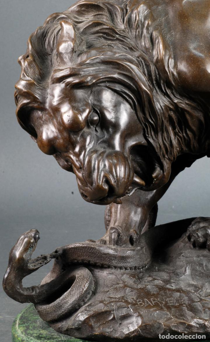 Arte: León y serpiente escultura en bronce patinado Antoine Louis Barye Francia siglo XIX - Foto 5 - 131487882
