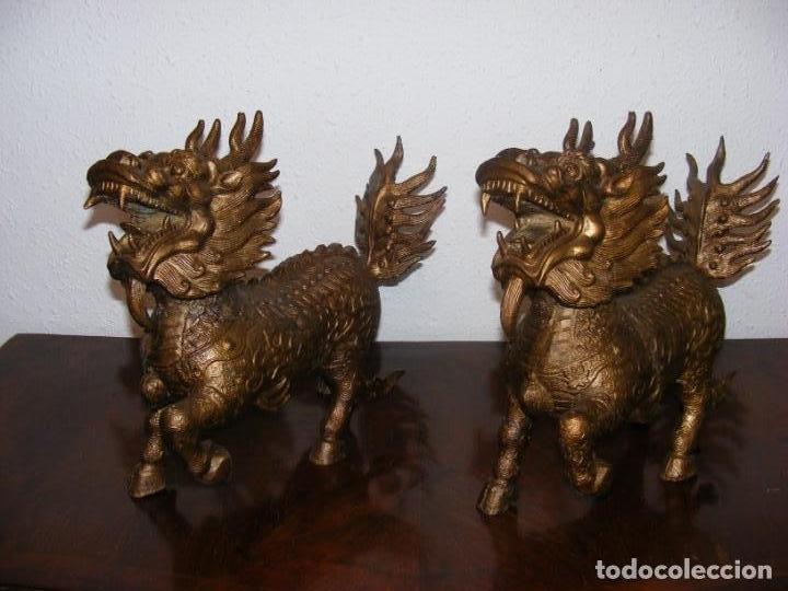 PAREJA DE FURIAS CHINAS (Arte - Escultura - Hierro)