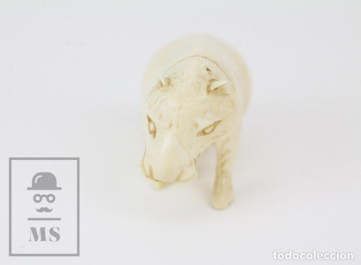 Arte: Figurita / Esculturilla de Marfil o Hueso Tallado - Animal / Hipopótamo ? - Medidas 6,5 x 3 x 4 cm - Foto 8 - 131989602