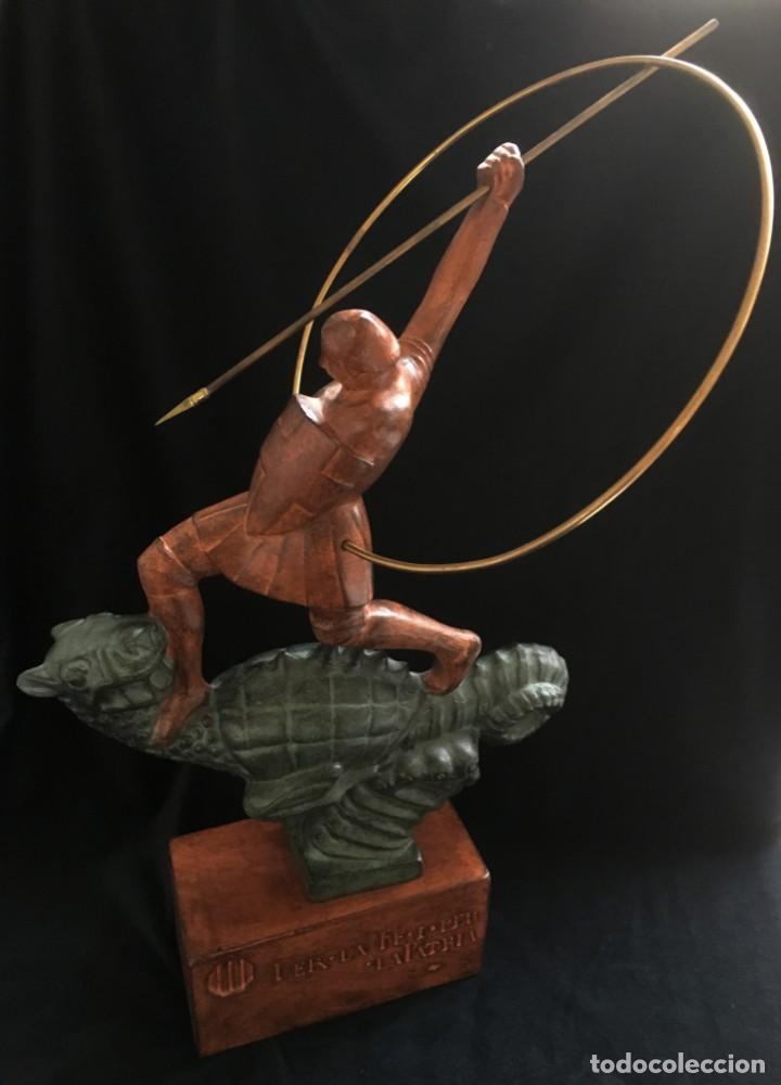 ESPECTACULAR ESCULTURA SAN JORGE Y EL DRAGON DE FIDEL AGUILAR MARCÓ (1894-1917) SANT JORDI (Arte - Escultura - Terracota )