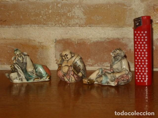 LOTE DE FIGURAS ORIENTALES EN HUESO POLICROMADO,PINTADAS A MAÑO.MADE IN ITALY. (Arte - Escultura - Hueso)