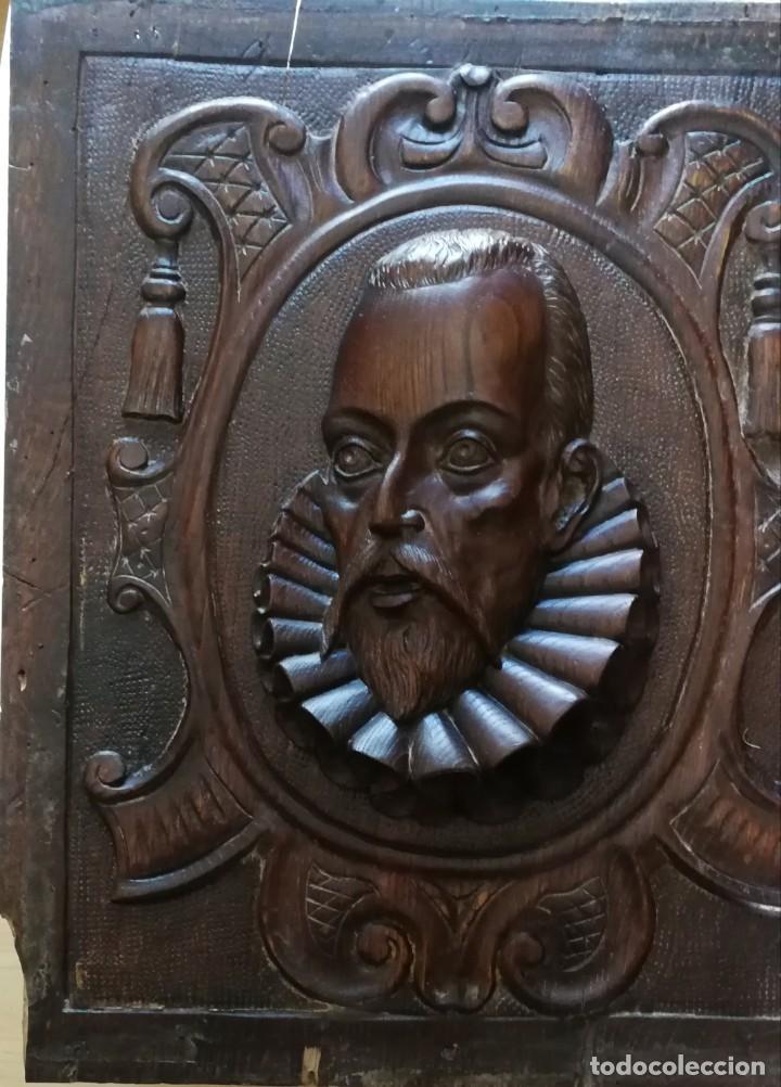 Arte: Antigua talla en tabla de nogal cabeza de Miguel de Cervantes 48x41 cm. - Foto 2 - 135690495