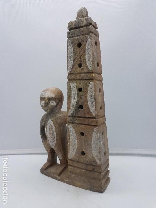 Arte: Original escultura antigua canadiense tallada a mano en piedra de indigena y ofrenda. - Foto 4 - 135944762