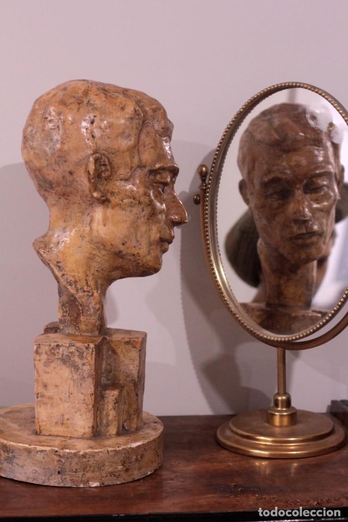 ESCULTURA BUSTO MASCULINO, FIRMADA S.P.D? S.P.B? BUENA CALIDAD, 42CM DE ALTURA (Arte - Escultura - Terracota )
