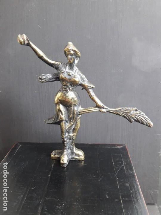 FIGURA BRONCE (Arte - Escultura - Bronce)