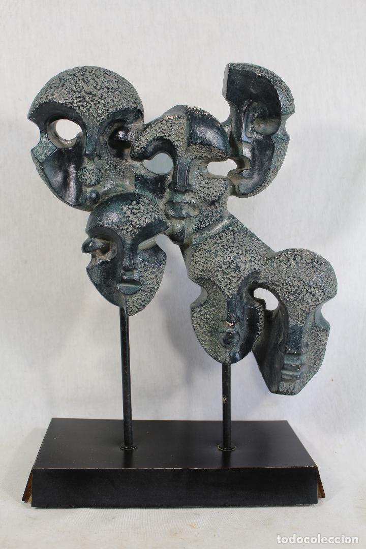 Arte: escultura con caras en resina firmada - Foto 9 - 136666658