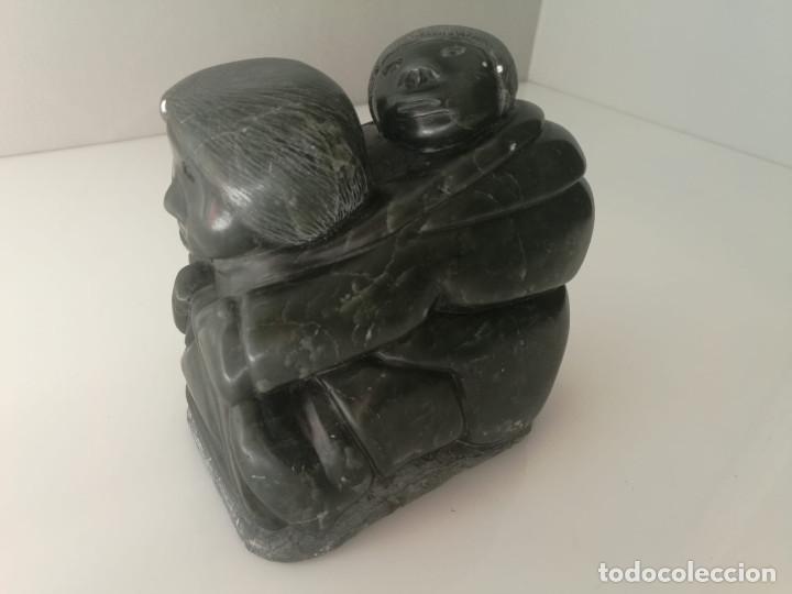 Arte: ESCULTURA INUIT ESQUIMAL - TALLADA EN PIEDRA Y FIRMADA - Foto 7 - 136809418
