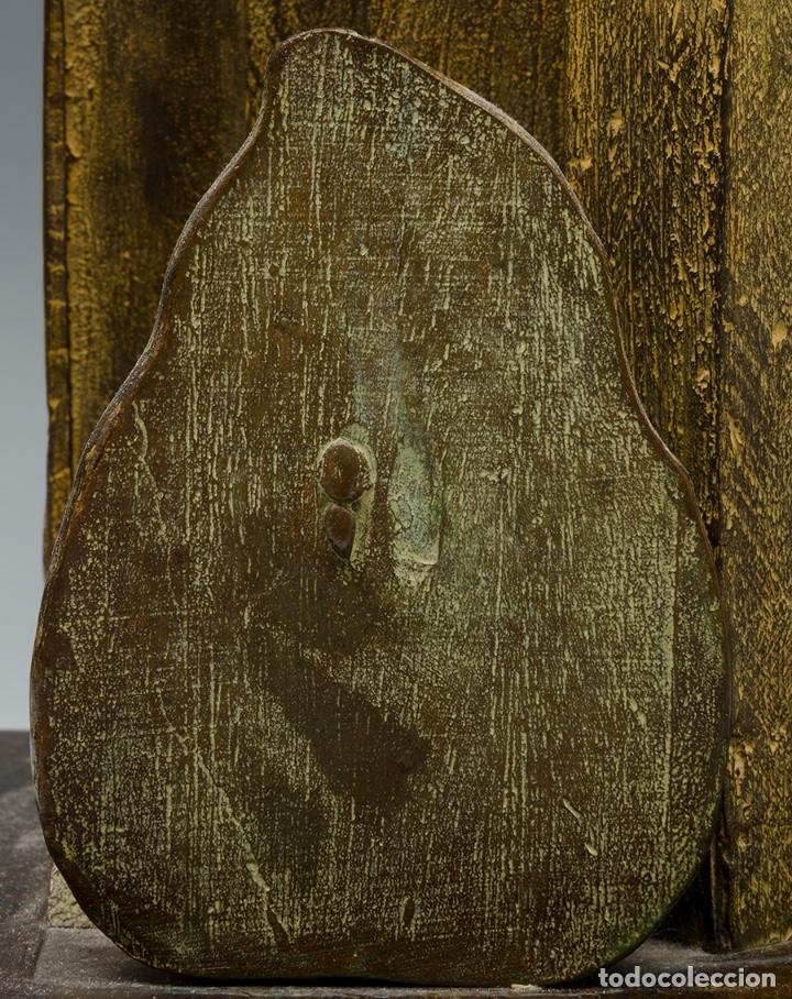 Arte: GERARDO RUEDA . Bodegón frontal . Bronce patinado . Firmado y fechado 1993 - Foto 3 - 46760839