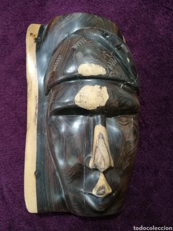 Arte: Figura étnica rostro tallado en madera - Foto 2 - 137140128
