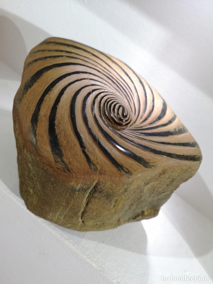 Arte: Castro, José Manuel. ( A Coruña, 1959) Peinado. Pedra morceña - Foto 2 - 140481886