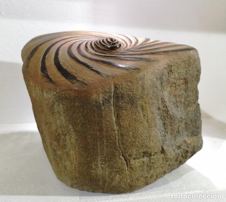 Arte: Castro, José Manuel. ( A Coruña, 1959) Peinado. Pedra morceña - Foto 3 - 140481886