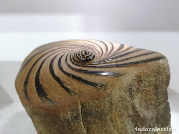Arte: Castro, José Manuel. ( A Coruña, 1959) Peinado. Pedra morceña - Foto 4 - 140481886