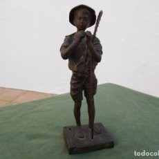 Arte: FIGURA DE BRONCE ORIGINAL PECHEUR DE LAVERGNE PESCADOR. Lote 141081858