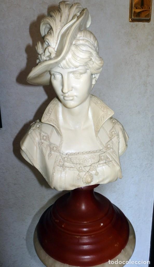 ELEGANTE BUSTO DE MUJER DE ÉPOCA (Arte - Escultura - Alabastro)