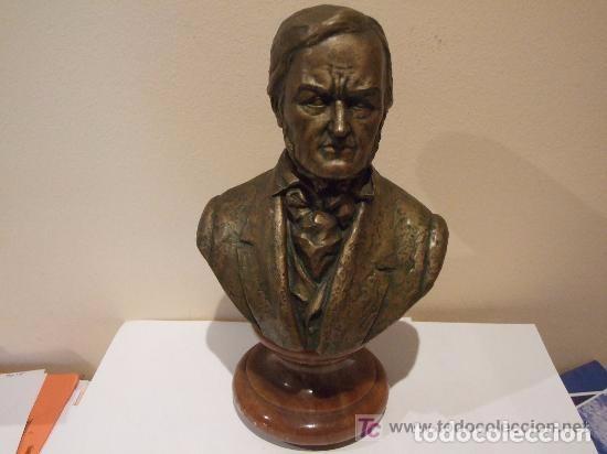 ESCULTURA BUSTO COMPOSITOR R. WAGNER FIRMADO (Arte - Escultura - Terracota )