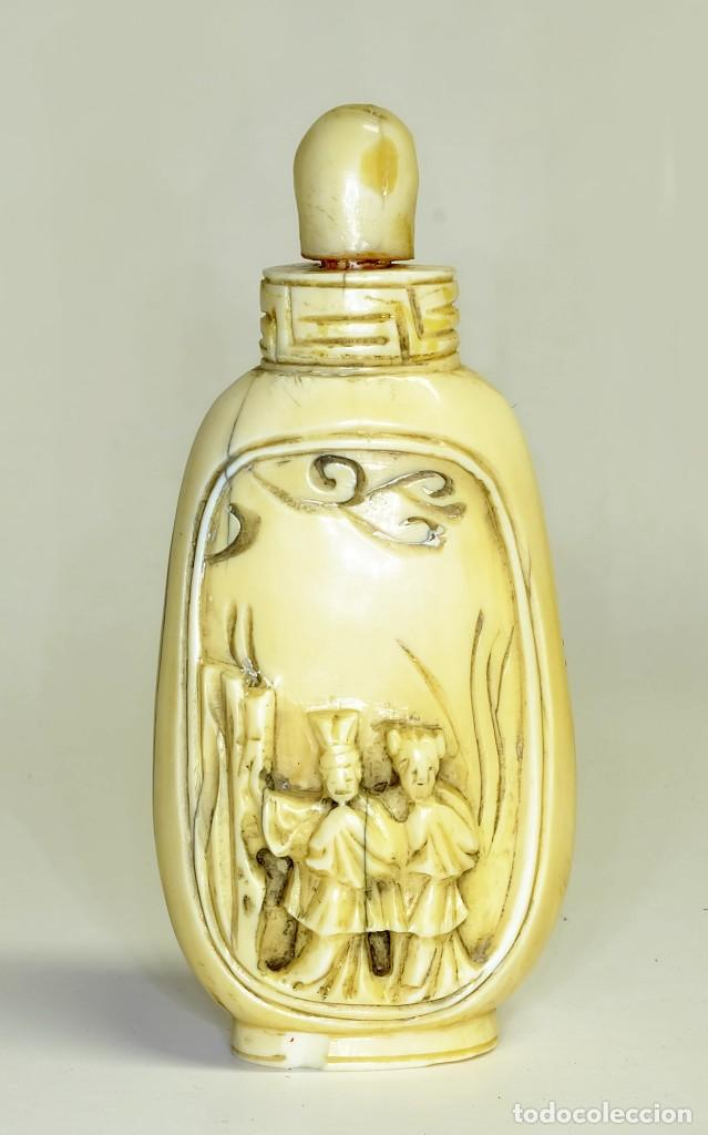 S.XIX - ANTIGUO PERFUMERO O CAJA DE OPIO O RAPÉ ( SNUFFBOX ) CHINO EN MINIATURA EN MARFIL (Arte - Escultura - Marfil)